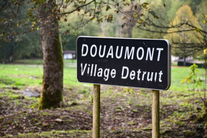 Douaumont, village détruit © French Moments