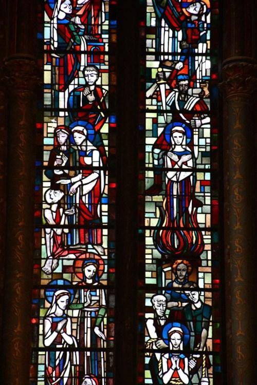 Basilique Saint-Vincent - Vitraux de la chapelle Sainte-Lucie © French Moments