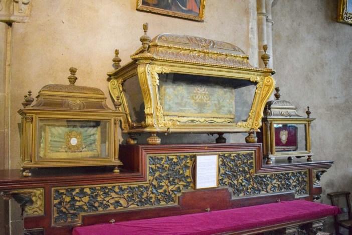 Basilique Saint-Maurice - Les trois châsses de l'autel des reliques © French Moments