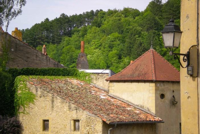 Le vieux village de Gorze © French Moments