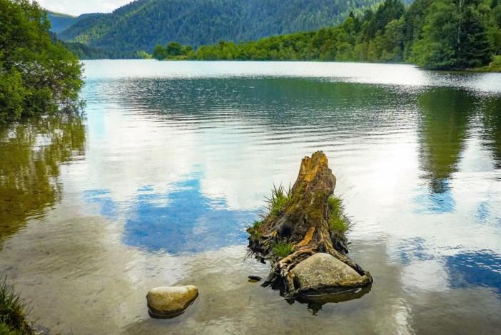 Vallée des Lacs - Le Lac de Longemer © French Moments