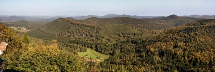Envie d'évasion en Alsace-Lorraine - Fleckenstein © Reinhold Möller - licence [CC BY-SA 4.0] from Wikimedia Commons