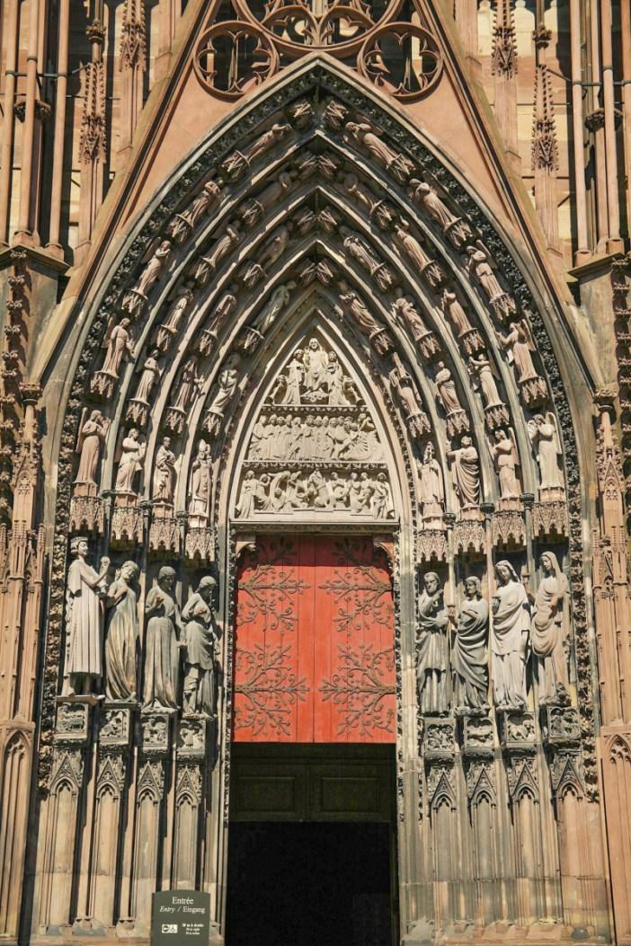 Façade de la cathédrale de Strasbourg - portail de droite © Doc Searls - licence [CC BY 2.0] from Wikimedia Commons