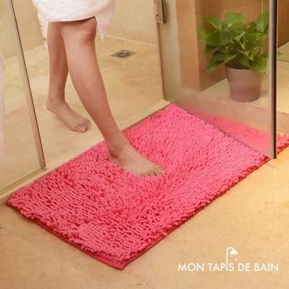 tapis de bain chenille rose