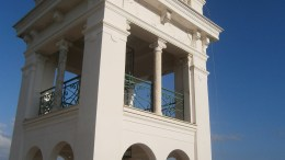 La torretta di Villa Garnier a Bordighera, realizzata dal grande Charles Garnier, progettista dell'Opera di Parigi e di Monte Carlo