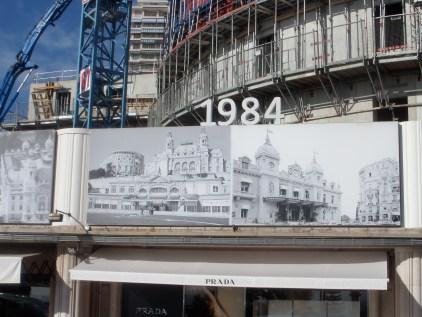 Pannello stradale raffigurante il Casinò di Monte Carlo nel 1984