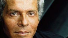 Claudio Baglioni: in concerto il 31 dicembre 2017 a Monte Carlo, nell'immagine del CD Quelli degli Altri Tutti Qui