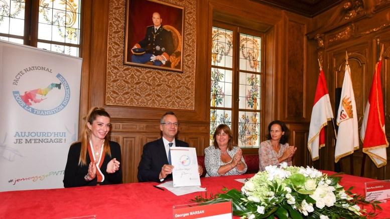 Il Sindaco di Monaco Firma per la Transizione Energetica