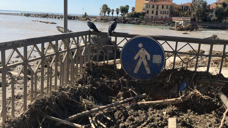 Per le Strade di Ventimiglia Dopo la Tempesta Alex