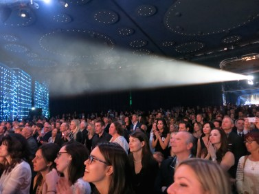 Full house at the Salle des Etoiles at the Sporting in Monte-Carlo @CelinaLafuenteDeLavotha