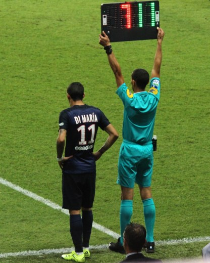 Di Maria's debut in PSG replacing Lucas @CelinaLafuenteDeLavotha