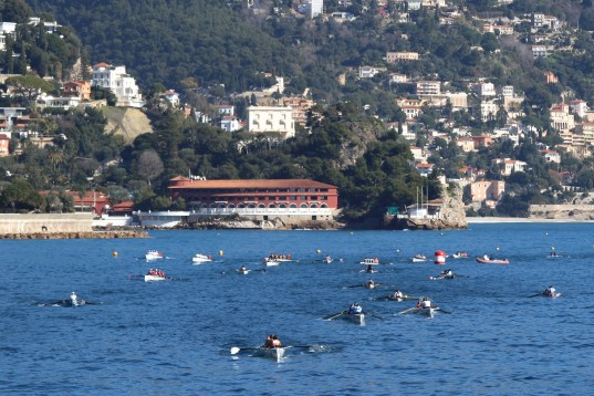 The Monte-Carlo Beach Hotel as the background for the Coastal rowing competition @CelinaLafuenteDeLavotha