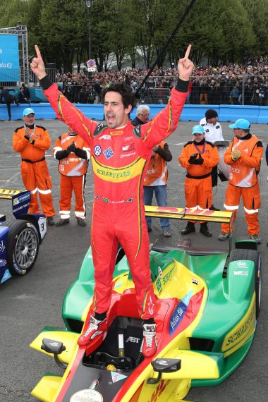 Lucas di Grassi on top of his monoplace in Paris @P1 Media Relations