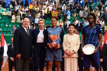 Prince Albert II and Princess Charlene with Baronne Elisabeth Anne de Massy and 2016 finalists Rafael Nadal and Gael Monfils @MCRM2017