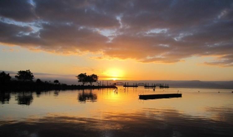 israel-sea-of-galilee-sunrise-swim-water-sky