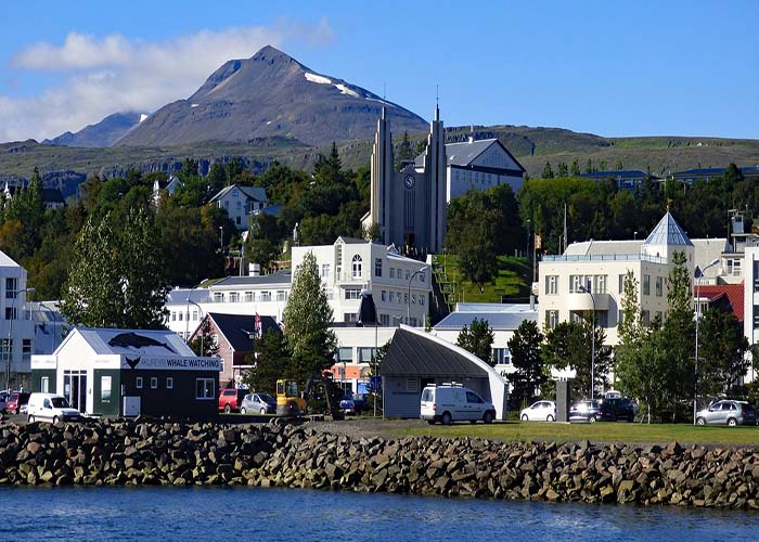 akureyri thermal pool