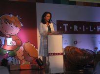 A Natura escolheu a jornalista Mona Dorf para apresentar seu projeto de educação