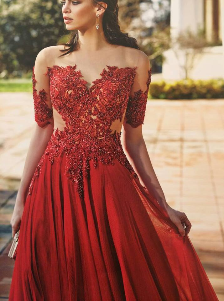 Robe libanaise rouge