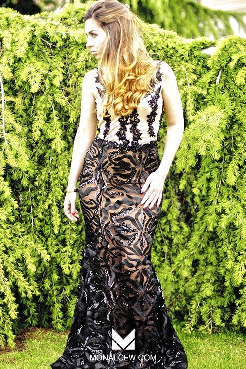 robe longue noire et beige transparente en bas, brodée de perles noires, haut bustier beige. Robe sexy style haifa wehbe. Robe libanaise orientale pour soirée ou mariage