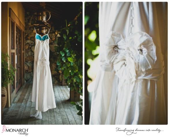 wedding-dress-inner-blue-bra-rustic-ranch-house-wedding