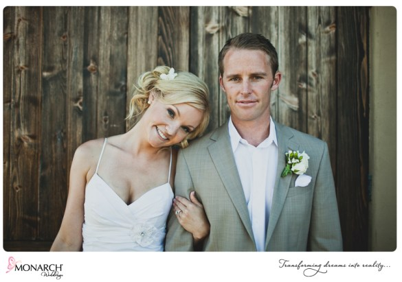 Bride-and-Groom-Rustic-Shabby-chic-wedding