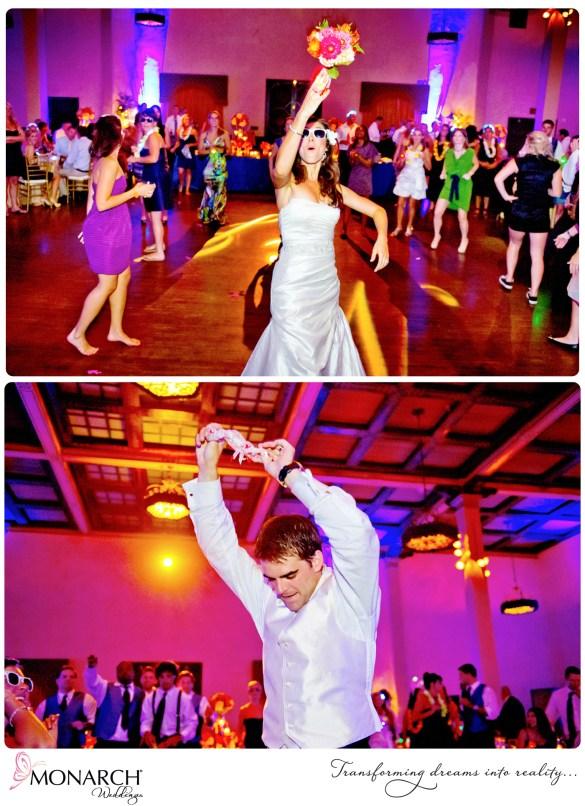 Prado-Wedding-Tropical-Theme-Bouquet-Garter-Toss