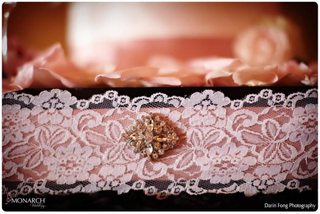 Blush-black-white-wedding-at-La-Valencia-Cake-box-lace-detail