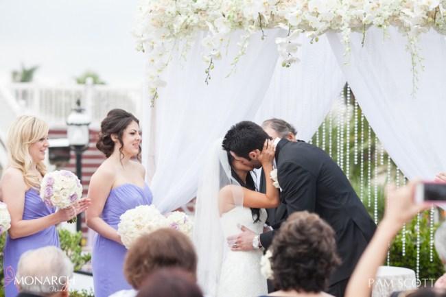 Kiss-ceremony-hotel-del-coronado-wedding