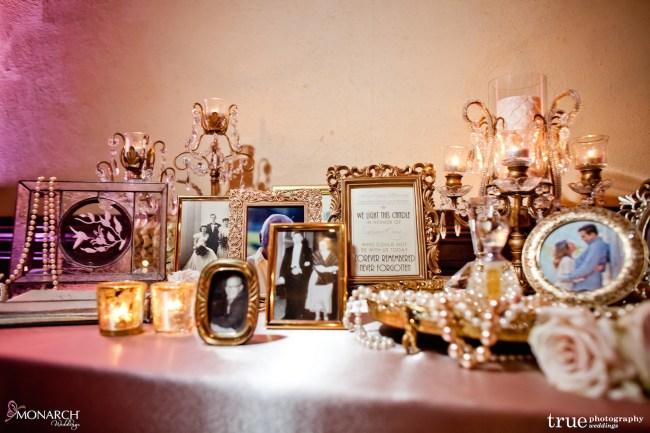 Gatsby-Prado-at-balboa-park-wedding-memorial-table