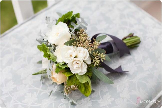 Bridesmaid-bouquet-garden-hotel-del-coronado-wedding