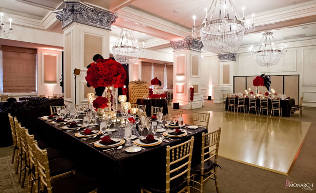 Gatsby-wedding-gold-custom-dancefloor-us-grant-hotel