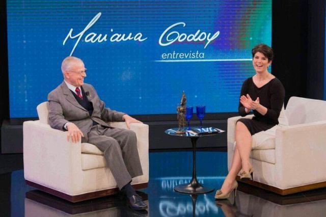 Dom Bertrand em entrevista a Mariana Godoy