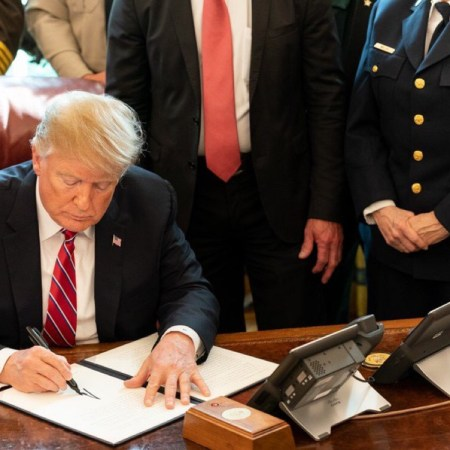 Trump Issues First Veto To Overturn Border Wall Emergency Declaration