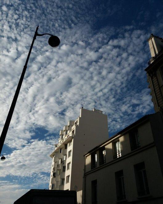 Chanson Le Ciel Est Bleu 2018 : chanson, Chanson, Manoir