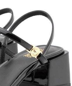 sandalo vernice nero logo inciso versace jeans couture 03