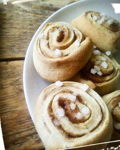 Recette maison hygge des kanelbullars pains à la cannelle monblabladefille.com