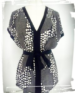 Résultat customisation vieille robe en petit top japonisant avant après monblabladefille.com