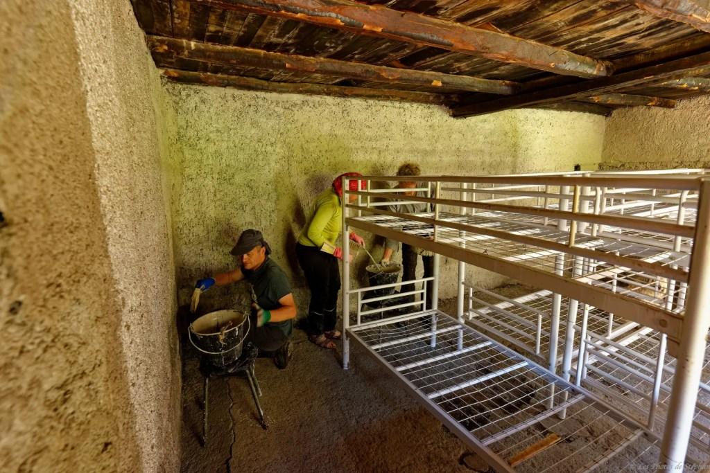 Cabane d'Aula - rénovation en juin 2019 13