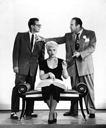 Comment L'esprit Vient Aux Femmes : comment, l'esprit, vient, femmes, YESTERDAY, (Comment, L'esprit, Vient, Femmes), George, Cukor, (1950)