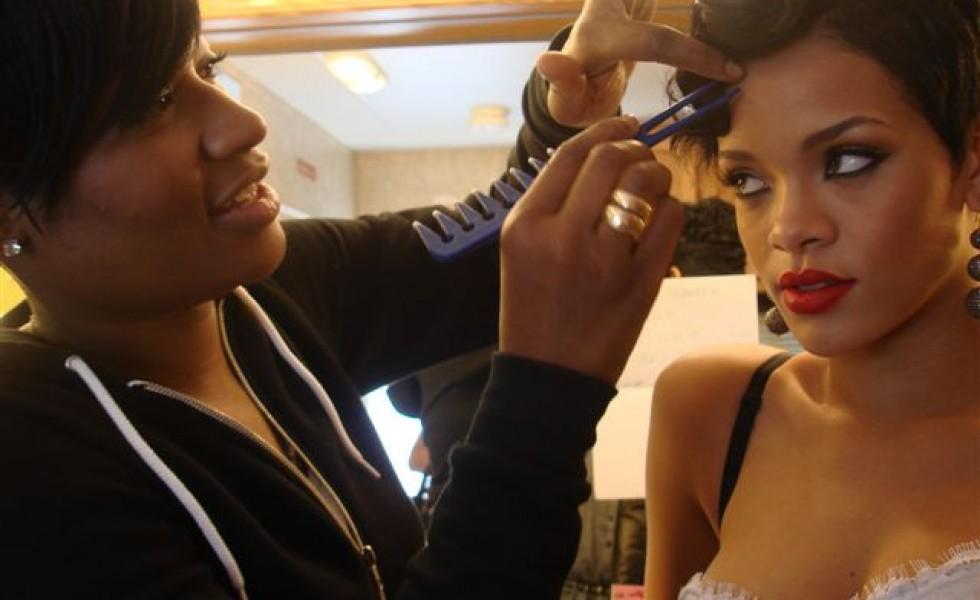 kids salon chair brown leather dining coiffures afro tendance : qui sont les hairstylists des stars du r&b