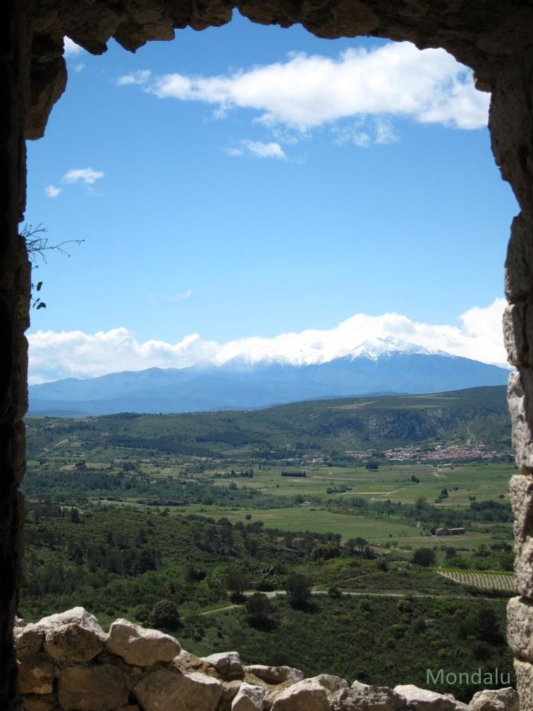 Vue du château d'Aguilar