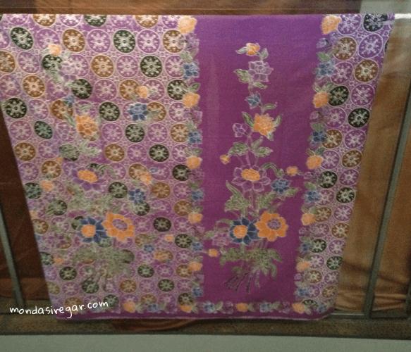 motif batik Jlamprang Buketan