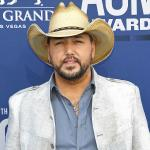 "After a Decade with No Big Awards, Jason Aldean Sticks to His ""Slow and Steady"" Approach"