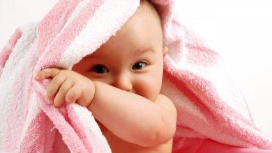 إفرازات المهبل عند الأطفال الرضع