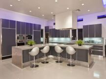 20 Foto di Cucine con Isola con Lato Bar per la Colazione ...