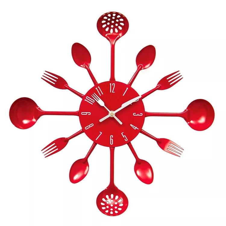 Cerchi un'idea regalo originale o vuoi dare un tocco di design alle tue pareti? Bellissimi Orologi Da Cucina Dal Design Moderno Mondodesign It