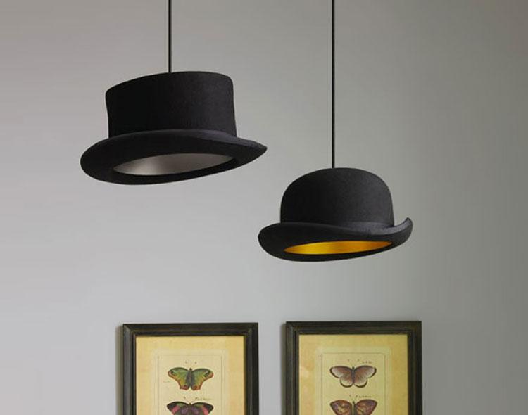 un tale lampadario può essere usato per decorare una camera da letto in uno stile moderno, un interno in design high tech o techno. Lampadari Fai Da Te 30 Idee Semplici E Originali Mondodesign It