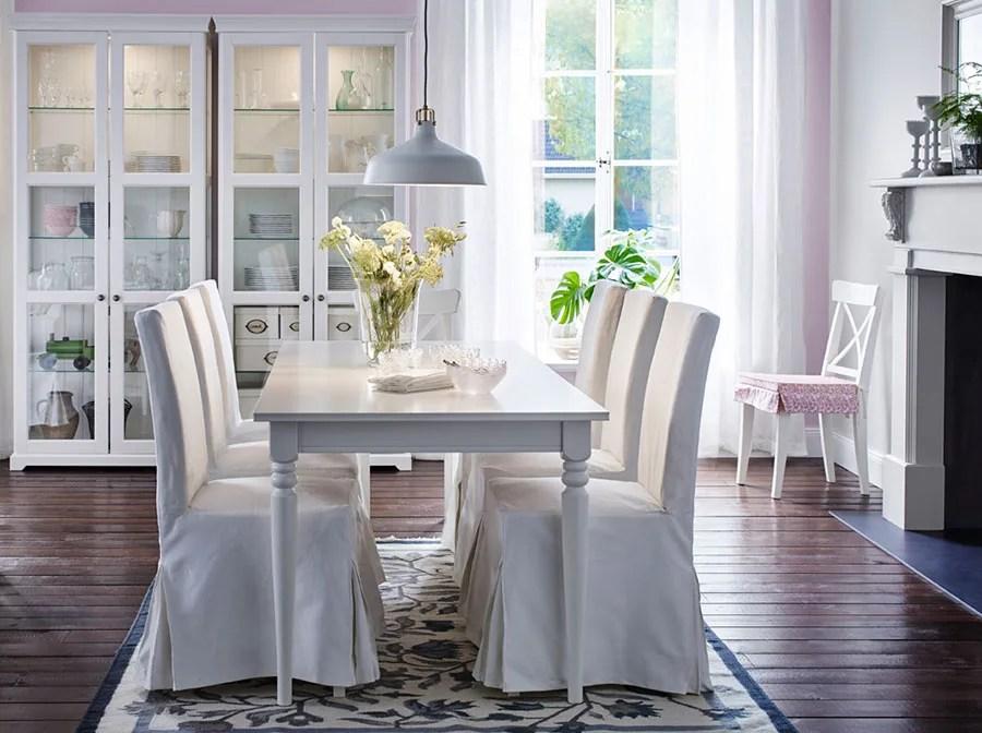 Prendiamo ad esempio il tavolino serie lack, costo 10 euro, e vediamo come può trasformare il tavolo in stile shabby chic. 45 Idee Per Arredare La Sala Da Pranzo Shabby Chic Mondodesign It