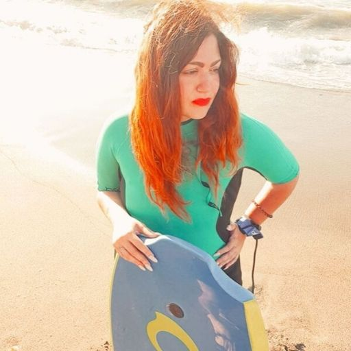 sabina petrazzuolo surf