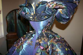 Violet Chachki veste House of Canney no Gran Finale do Rupaul Drag Race Season 8 @ divulgação (4)
